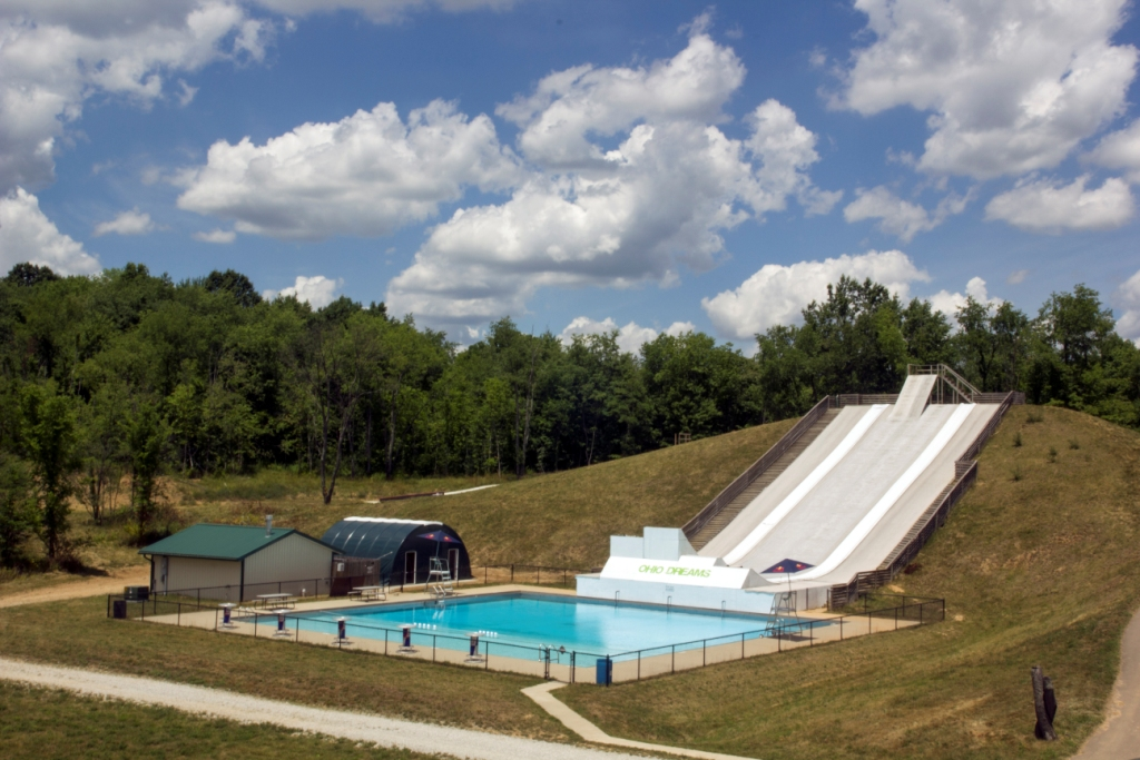 /upload/images/photo_album/facilities/facilities_pool_area_and_water_ramps